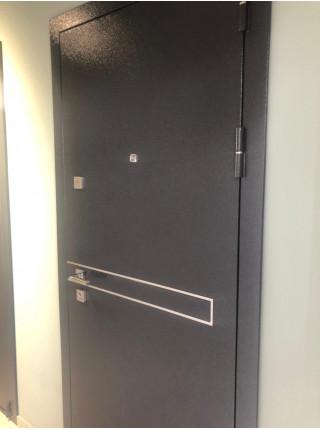 Дверь входная металлическая Горизонталь