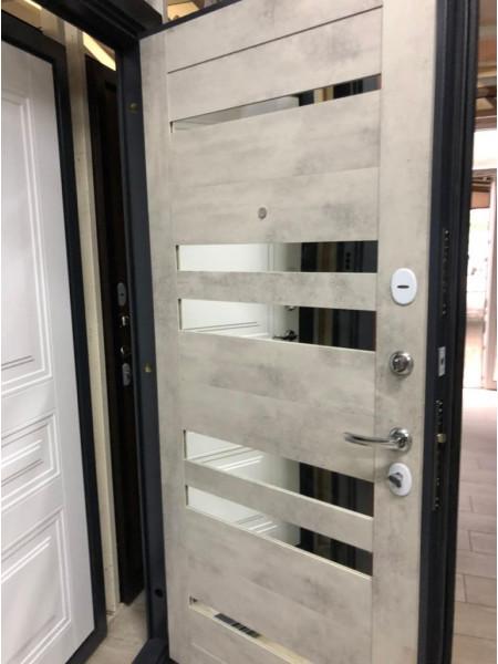 Дверь входная металлическая Грейс